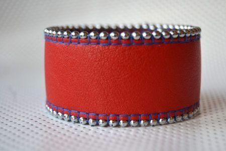 Manchette souple à chainette en cuir de veau ou de vachette, doublée cuir velours