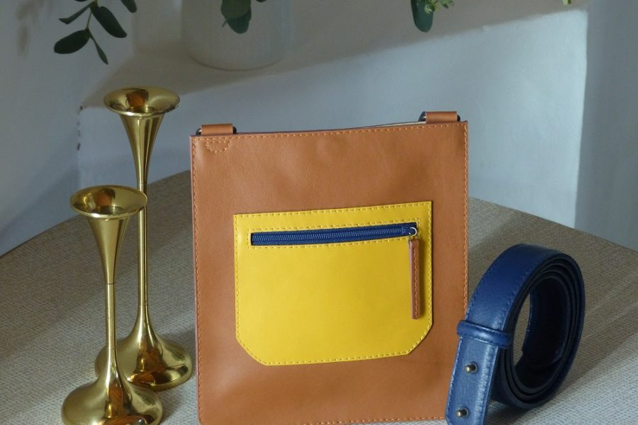 Petit sac porté sur ceinture